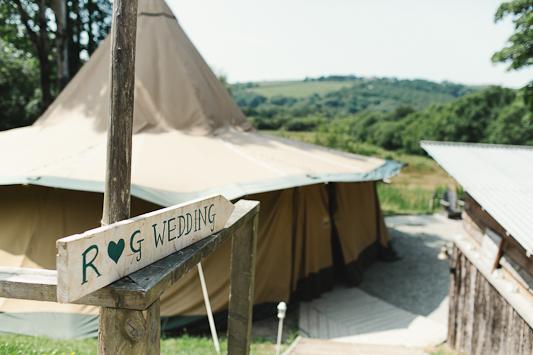 Debs Ivelja Photography fforest wedding-2
