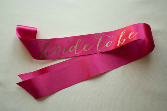 gold-pink-hen-party-bride-to-be-sash
