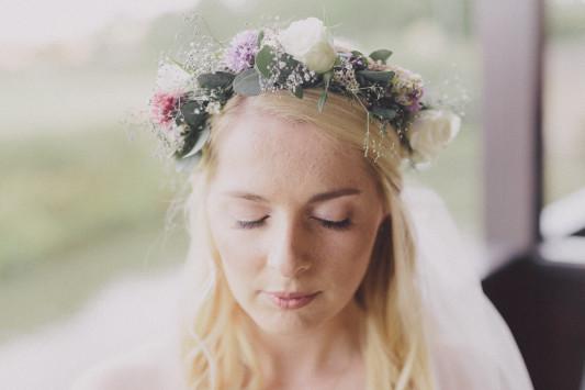 Flo + Ollie Tewkesbury Festival Wedding Scuffins Photography 024