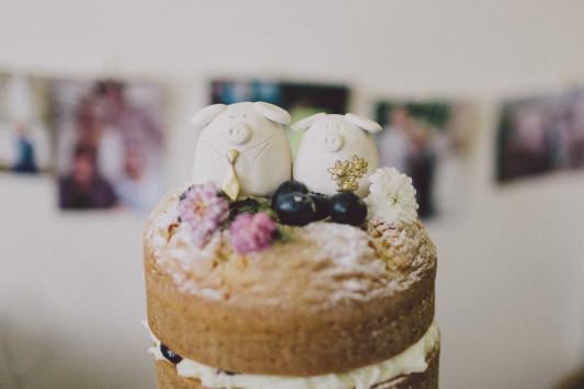 Flo + Ollie Tewkesbury Festival Wedding Scuffins Photography 073