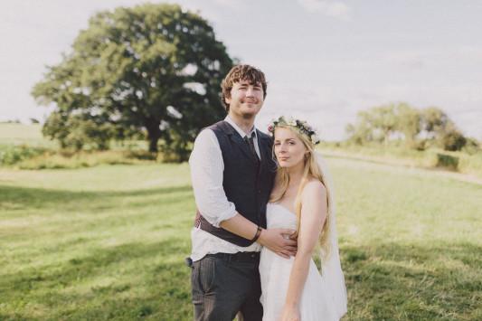 Flo + Ollie Tewkesbury Festival Wedding Scuffins Photography 110
