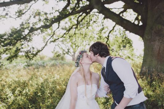 Flo + Ollie Tewkesbury Festival Wedding Scuffins Photography 114