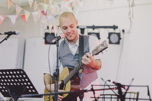 Flo + Ollie Tewkesbury Festival Wedding Scuffins Photography 136