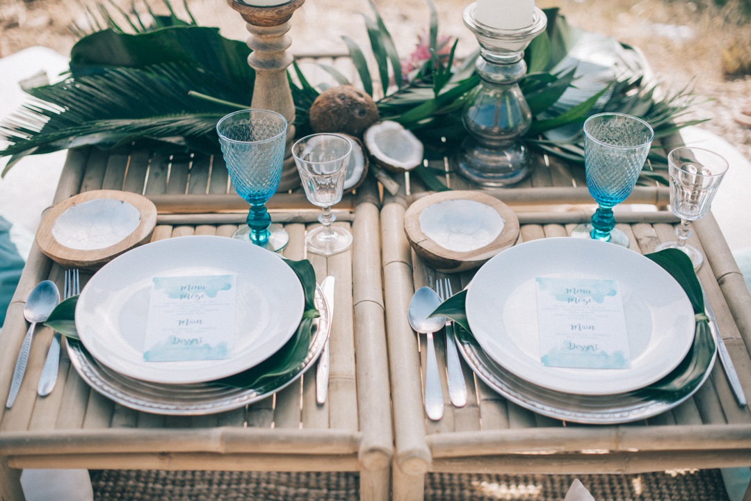 Bohemian-wedding-decor-ideas-tablescape-in-blue