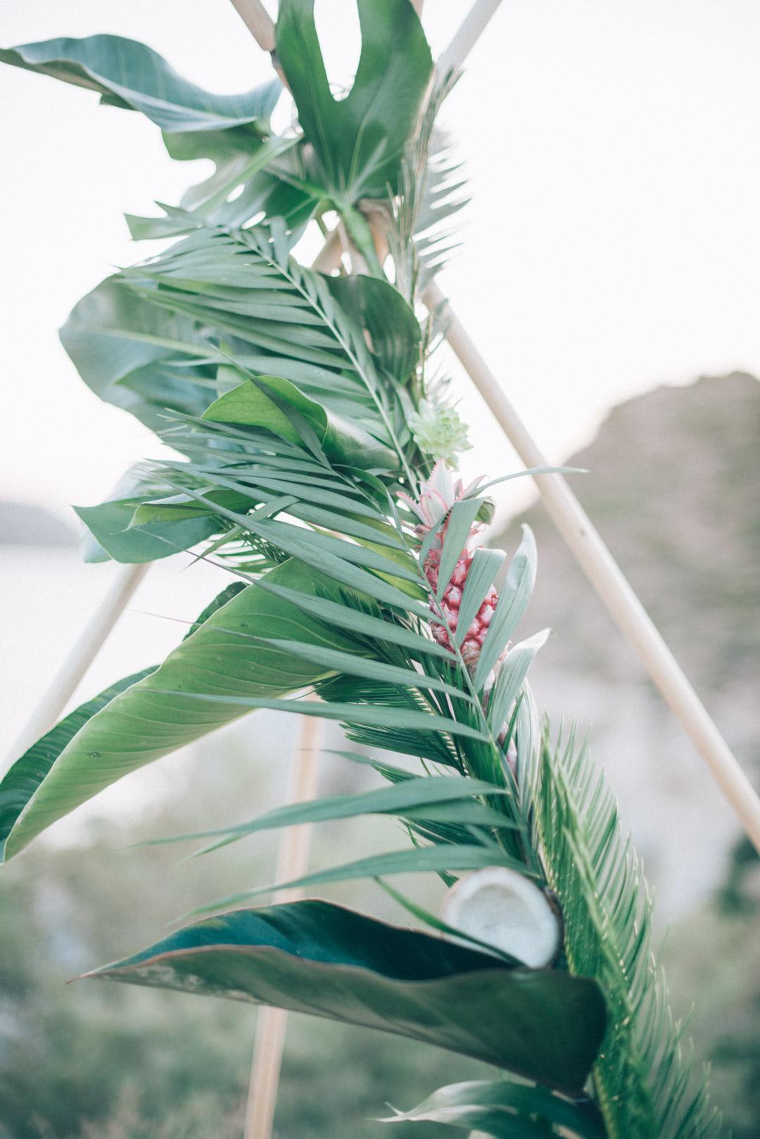 bohemian-wedding-ceremony-tipi-decor-ideas