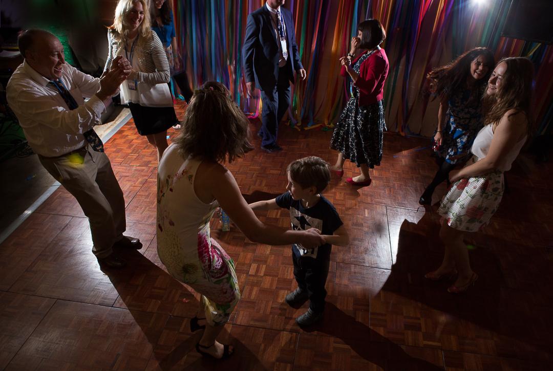wedding-guests-dancing-elfestival-ellen-and-alex-real-festival-style-wedding