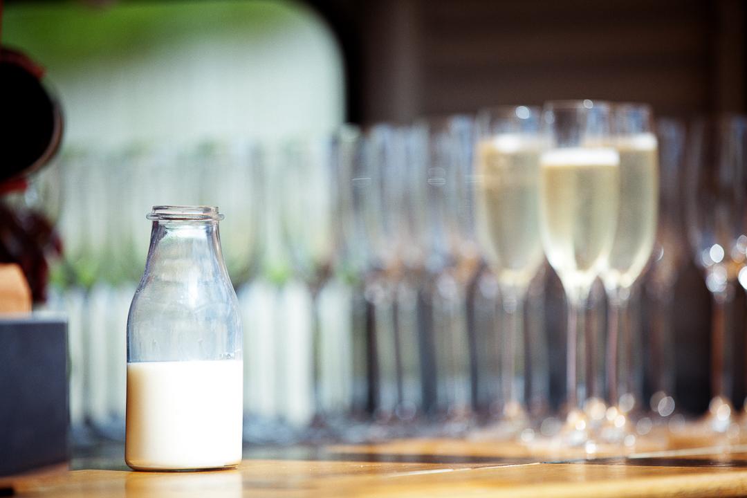 champagne-elfestival-ellen-and-alex-real-festival-style-wedding