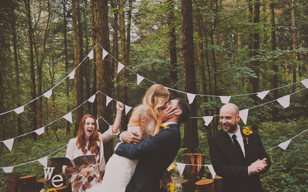 Why A Unique and Personal Outdoor Ceremony Could Be The Best Thing for Your Festival Wedding