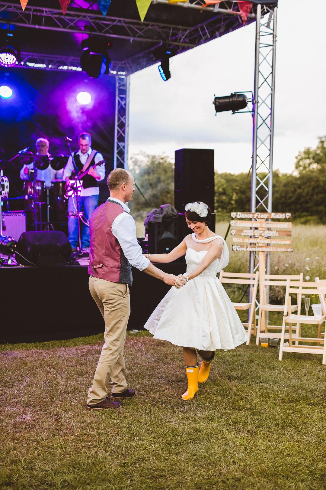 first-dance-jen-and-mat's-festival-wedding-at-Scraptoft farm