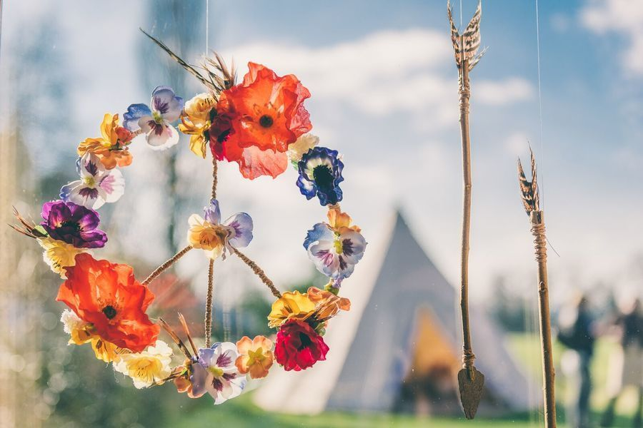Bohemian Gloucestershire party wedding venue