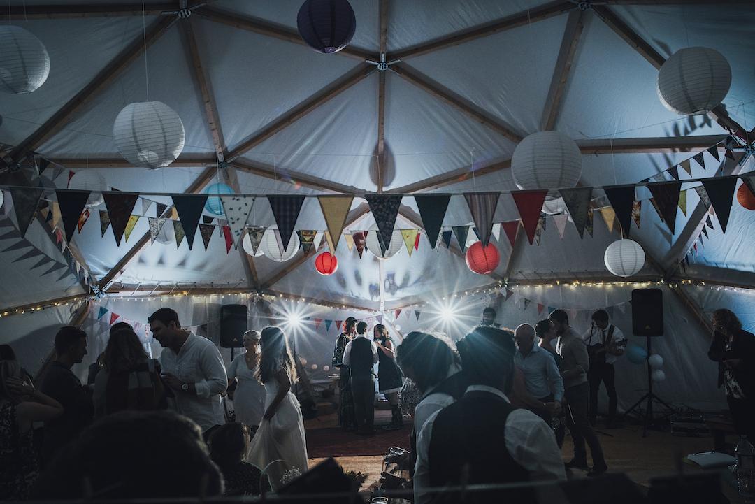 Bunting-wedding-inspiration-BAYA-domes-yeti-vince-photogaphy
