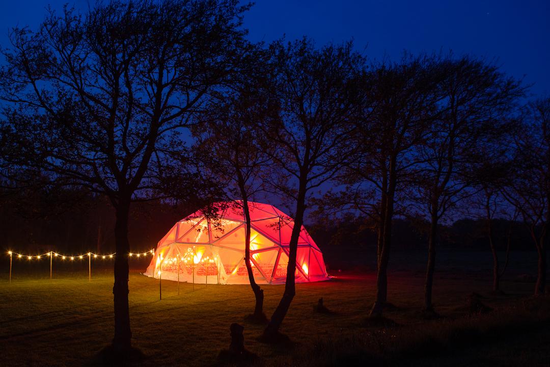 light-up-your-wedding-BAYA-domes-inspiration