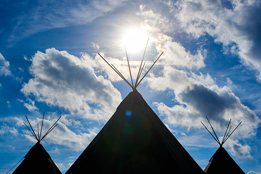 South-East-Tipi-Wedding-Supplier-Beautiful-World-Tents