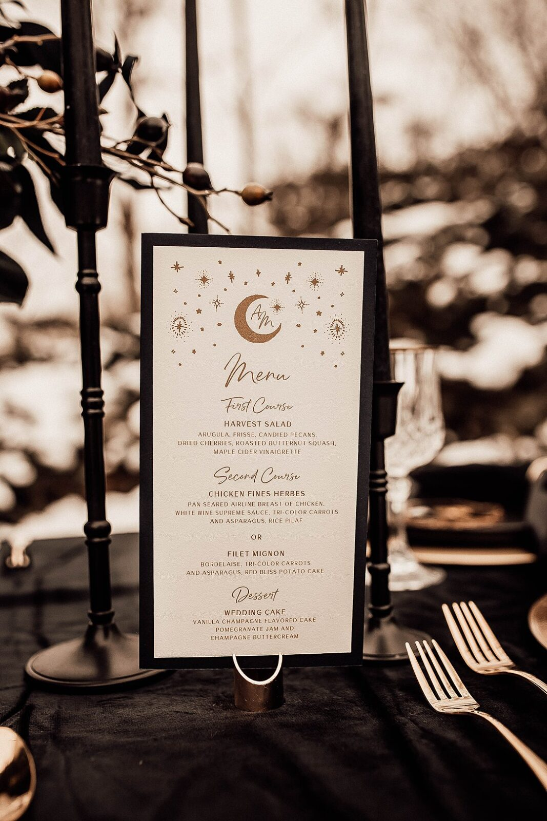 Celestial Wedding Decor Ideas For Your Starry Wedding, Winter Solstice Wedding Inspiration With Moon Star Decorations9
