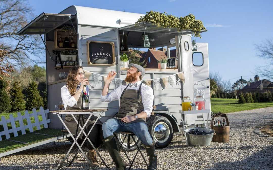 FESTIVAL BRIDES LOVE: THE PADDOCK | MOBILE BAR
